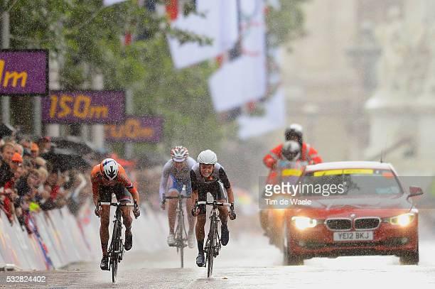 Women Road Race Arrival Sprint / Marianne VOS / Elizabeth ARMITSTEAD / Olga ZABELINSKAYA / Londen - Londen / Route Femmes Weg Vrouwen / London...