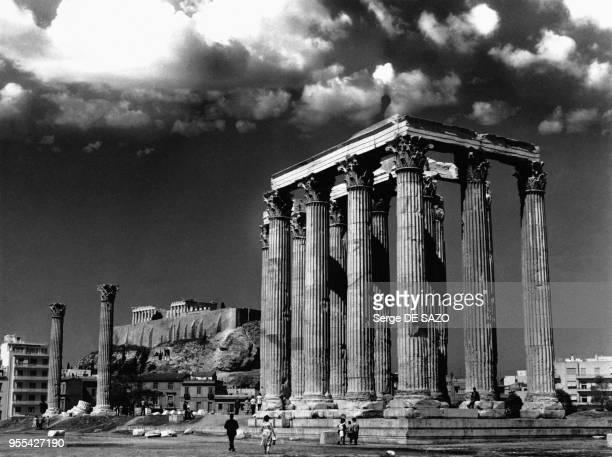 L'Olympéiéon ou Temple de Zeus à l'Acropole à Athènes Grèce