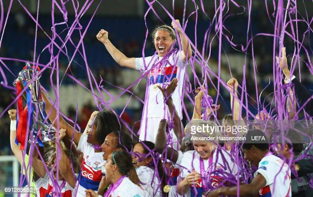 Olympique Lyonnais players celebrate victory with the trophy after the UEFA Women's Champions League Final between Lyon and Paris Saint Germain at...