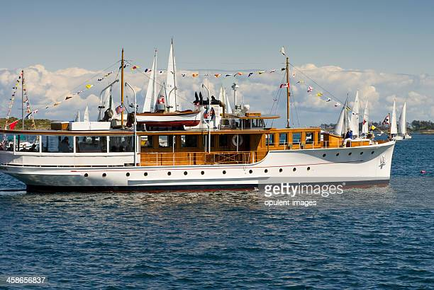 olympus 1929 - luxury motor yacht - 1920 1929 stock pictures, royalty-free photos & images
