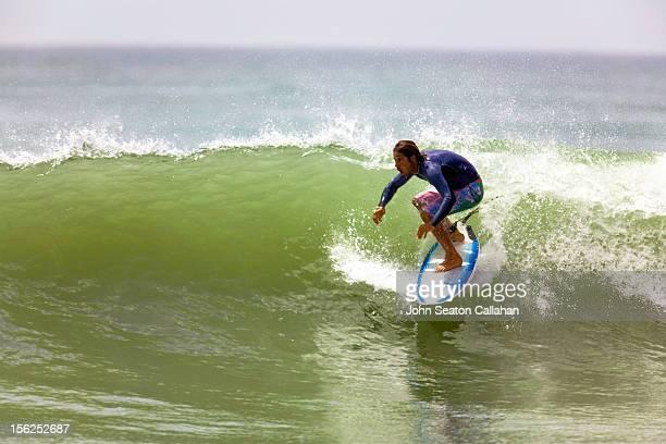 Oman, Al Ashkara, surfing