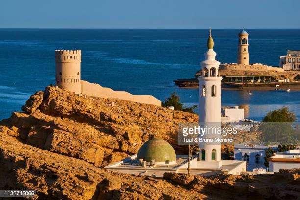 """oman, ayjah harbour in sur""""n - image stock pictures, royalty-free photos & images"""