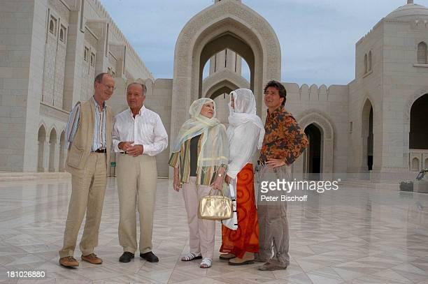 Hans Peter Korff Horst Naumann Johanna von Koczian Tanja Wedhorn Pascal Breuer Dreharbeiten der ZDFReihe Traumschiff Folge 49 Oman...