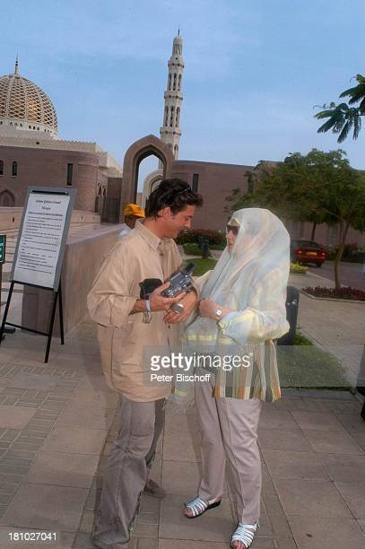 Johanna von Koczian Pascal Breuer Dreharbeiten der ZDFReihe Traumschiff Folge 49 Oman Muscat/Oman/Arabien Grosse Moschee von Sultan Qaboos...