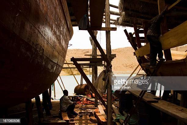 Oman, Sur, shipyard
