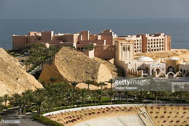 oman-muscat-al jissah: shangri-la barr al-jissah resort - barr stock pictures, royalty-free photos & images