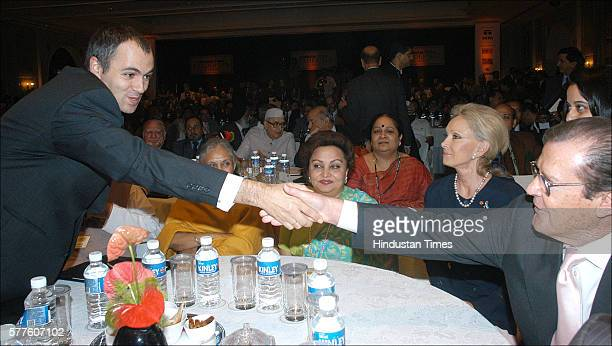 Omar Abdullah Delhi Chief Minister Sheila Dikshit Madhavi raje Scindia Sir Roger Moore Goodwill Ambassador UNICEF and his wife during the Hindustan...