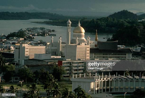 Omar Ali Saifuddin Mosque by The Brunei River