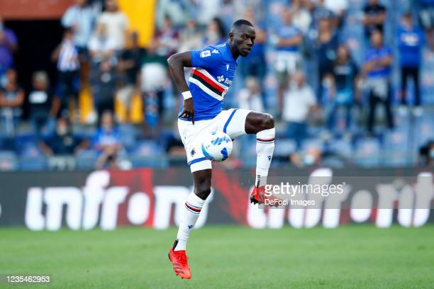 Omar Colley of UC Sampdoria controls the ball during the Serie A match between UC Sampdoria and SSC Napoli at Stadio Luigi Ferraris on September 23,...