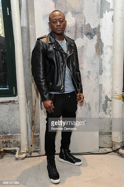 Omar Epps attends the AOL's BUILD Speaker Series Omar Epps discusses 'The Resurrection' at AOL Studios In New York on September 26 2014 in New York...