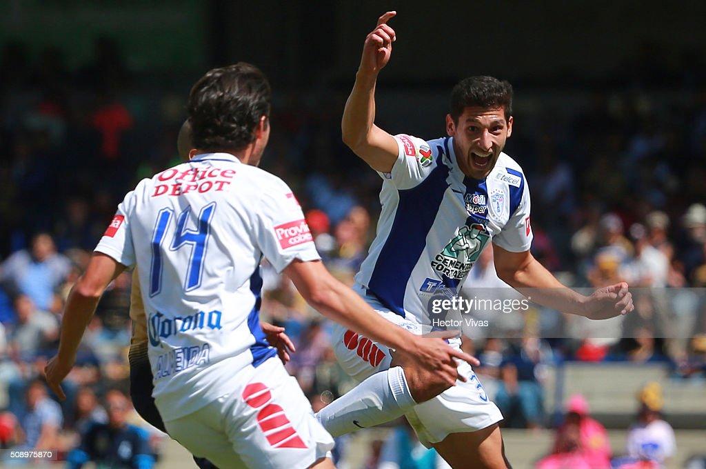 Pumas UNAM v Pachuca Clausura 2016 Liga MX : News Photo