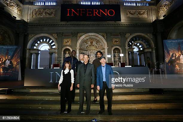 Omar Sy Felicity Jones Dan Brown Tom Hanks Irrfan Khan and director Ron Howard attend a photocall for 'Inferno' at Palazzo Vecchio on October 6 2016...