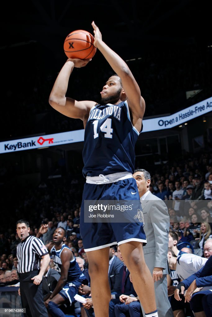 Omari Spellman #14 of the Villanova Wildcats shoots the ball against the Xavier Musketeers in the second half of a game at Cintas Center on February 17, 2018 in Cincinnati, Ohio. Villanova won 95-79.