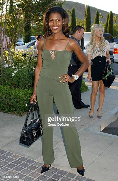 Omarosa ManigaultStallworth during Lisa Rinna and Harry Hamlin Celebrate the Opening of the Second belle gray Boutique Arrivals at belle gray in...