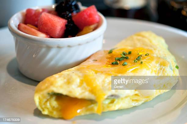 omelette and fruit