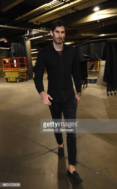 Omri Casspi of the Golden State Warriors arrives before the game against the Los Angeles Lakers on November 29 2017 at STAPLES Center in Los Angeles...