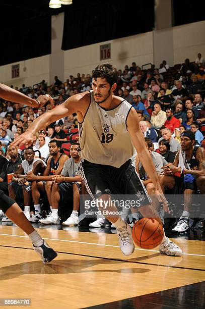 Omri Casspi of the Sacramento Kings drives to the basket against the Golden State Warriors during NBA Summer League presented by EA Sports on July 11...