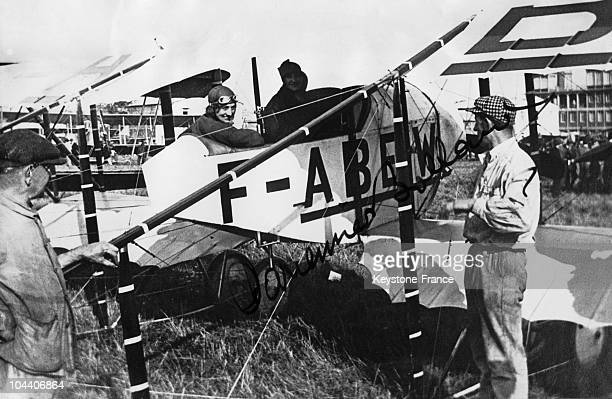 On 1 April 1921 in Santiago French pilot Adrienne BOLLAND on board her Caudron G3 after she succeeded in crossing the Andes It is a signed photo the...