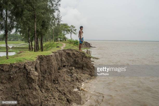 On 28 August 2017 in Ghoramara India The existence of the ghoramara island is at stake due to this river bank failure problem Ghoramara is an island...