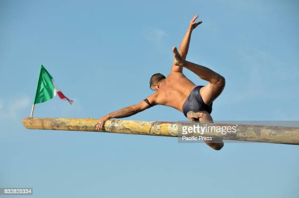 CALIGOLIANO POZZUOLI NAPOLI ITALY On August 15 they celebrate the Virgin Mary Assumption with the competition that takes place with the socalled pole...