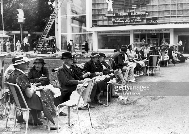 On August 18 1937 during the World Fair of Paris numerous visitors picknicked on the site