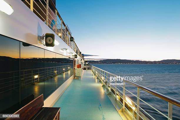 on board of a cruise ship, mediterranean sea in the evening - ponte di una nave foto e immagini stock
