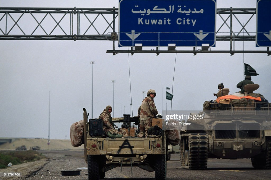 Liberation of Kuwait During Persian Gulf War : News Photo