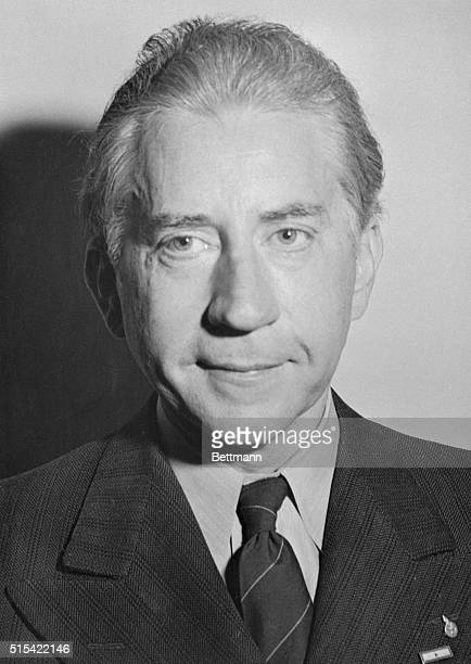 On Hand for Chaplin Trial Los Angeles California Paul Getty multimillionaire oil man from Oklahoma is shown as he appeared in court for the second...