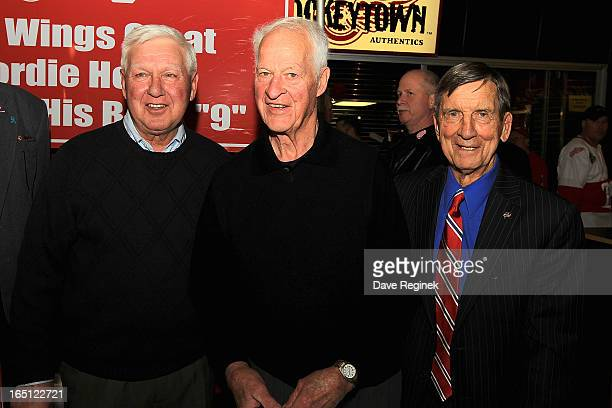 On his 85th birthday Gordie Howe takes a picture with former teammates Alex Delvecchio and Ted Lindsay during a NHL game between the Chicago...