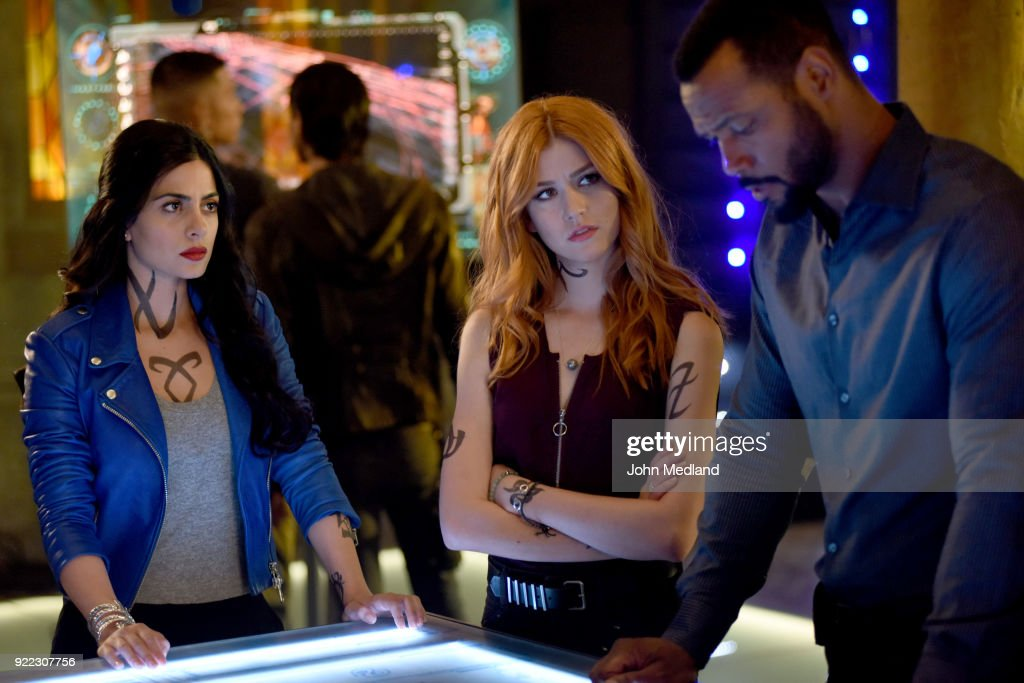 Freeform's 'Shadowhunters' - Season Three : News Photo