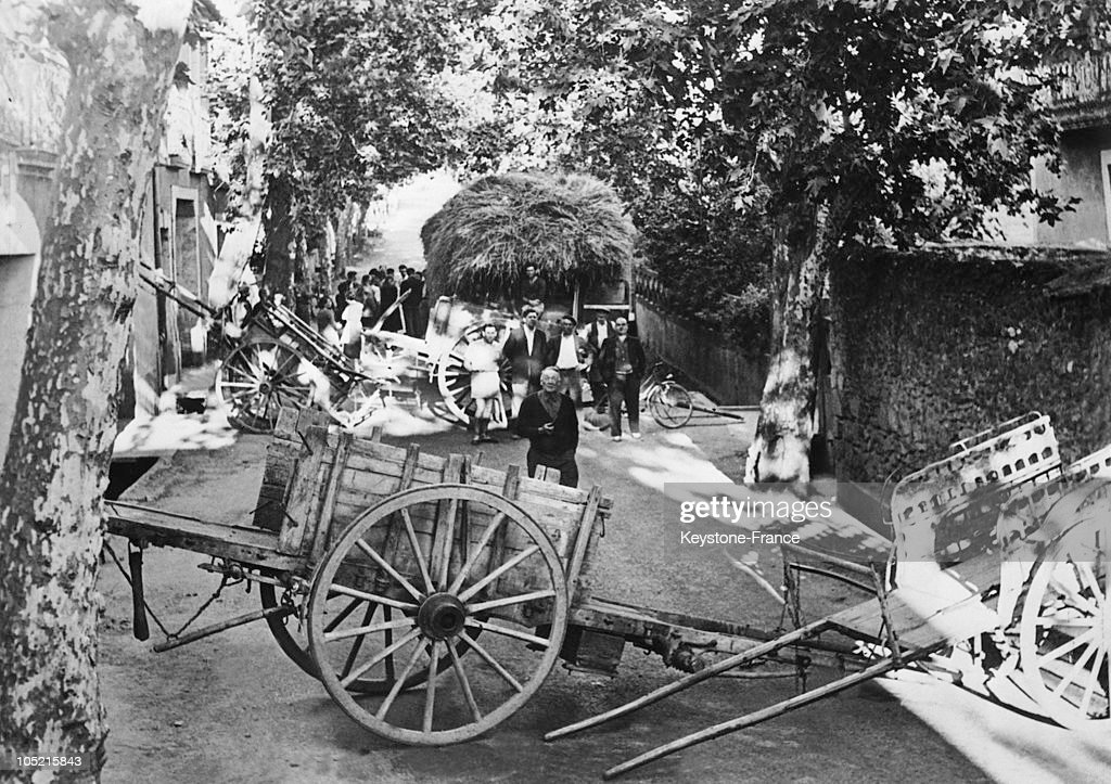 Wine-Producers Barricade In Beziers In 1953 : News Photo
