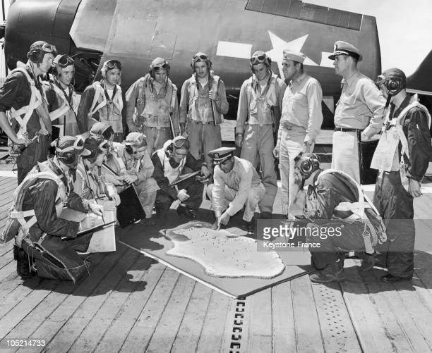 On July 9 JH Mc ElroyThe Navy Captain Is Preparing With His Men The Organisation Plan For Dropping The Atomic Bombs Above The Pacific Ocean Near The...