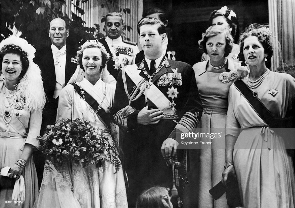 Wedding Of Ex-King Michael Of Romania And Princess Anne Of Bourbon-Parma 1948 : News Photo