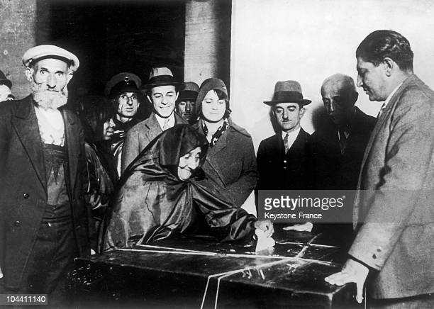 On October 30 a Turkish woman votes for the Municipal elections When he came to power in 1923 Mustafa KEMAL granted Turkish women the right to vote...