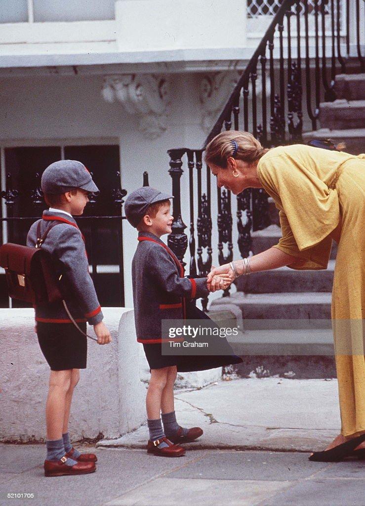 Harry First Day School : News Photo