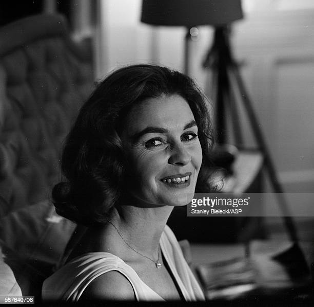 On set making the film 'Life At The Top' with Jean Simmons United Kingdom 1965
