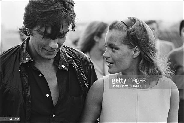 On set of 'La Piscine' directed by Jacques Deray In Saint Tropez France In August 1968 Alain Delon welcome Romy Schneider at Nice airport before the...