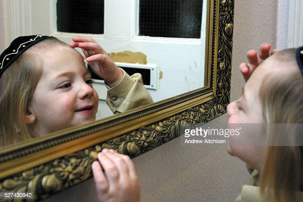 On the 3rd birthday of an Orthodox Jewish boy he has his first ever hair cut in a ceremony called an Upsherin leaving his peyos to grow. Passing a...