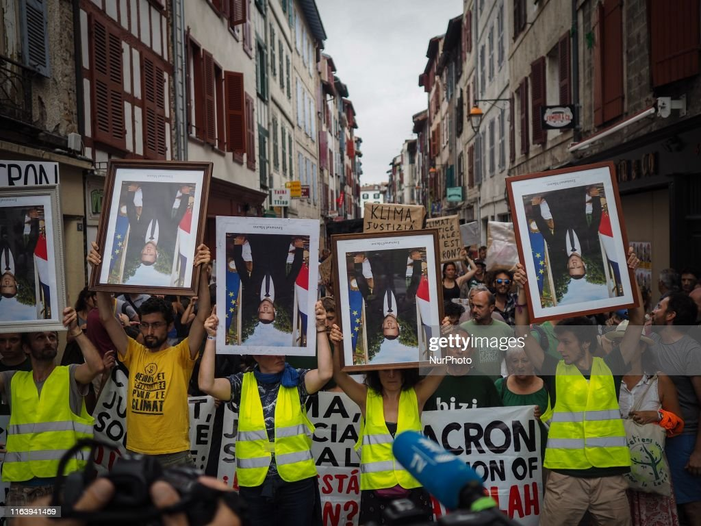 G7 - March Of Portraits In Bayonne : News Photo