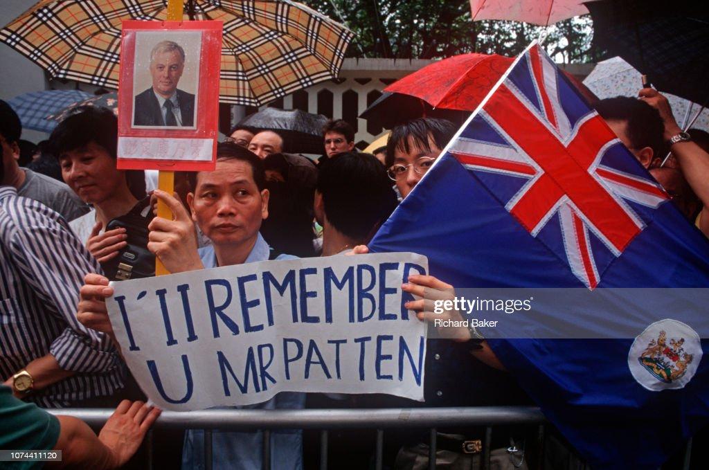 Hong Kong Chris Patten Governor : News Photo
