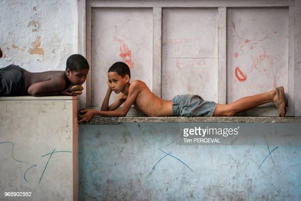 On the ledge Havana