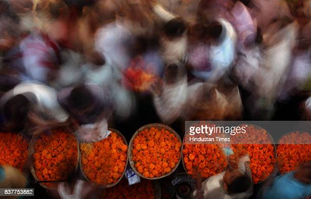 On the occassion of Dussehra flower market in Dadar crowded with buyers