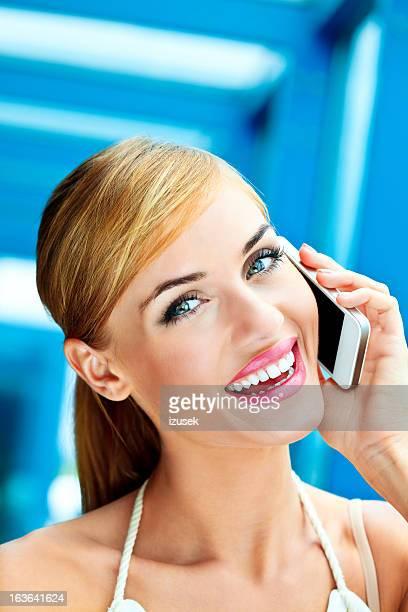 no telefone - izusek imagens e fotografias de stock