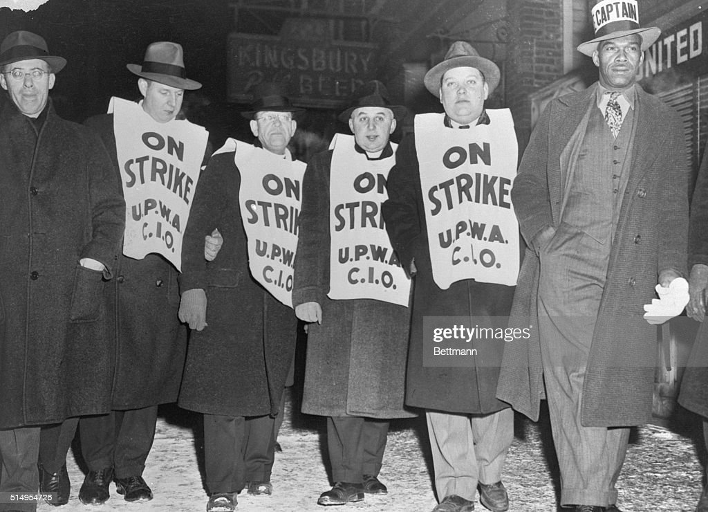 United Packing House Workers Strike in Chicago : News Photo