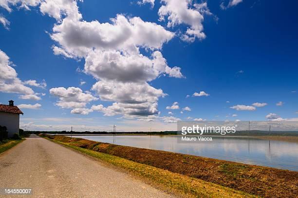 on the road again - ビエラ ストックフォトと画像