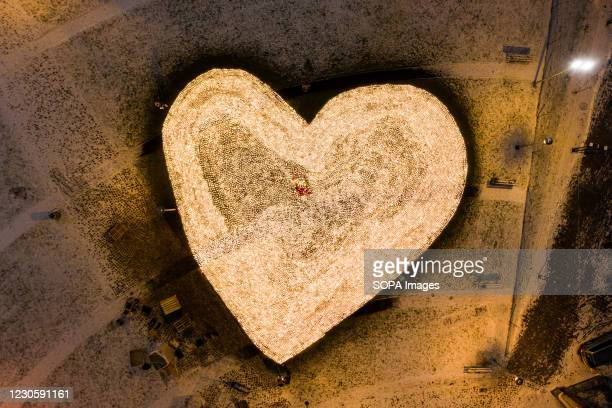 On the second anniversary of the death of the former Mayor of Gdansk Pawe Adamowicz, the inhabitants of Gdansk created a big heart with 36,000...
