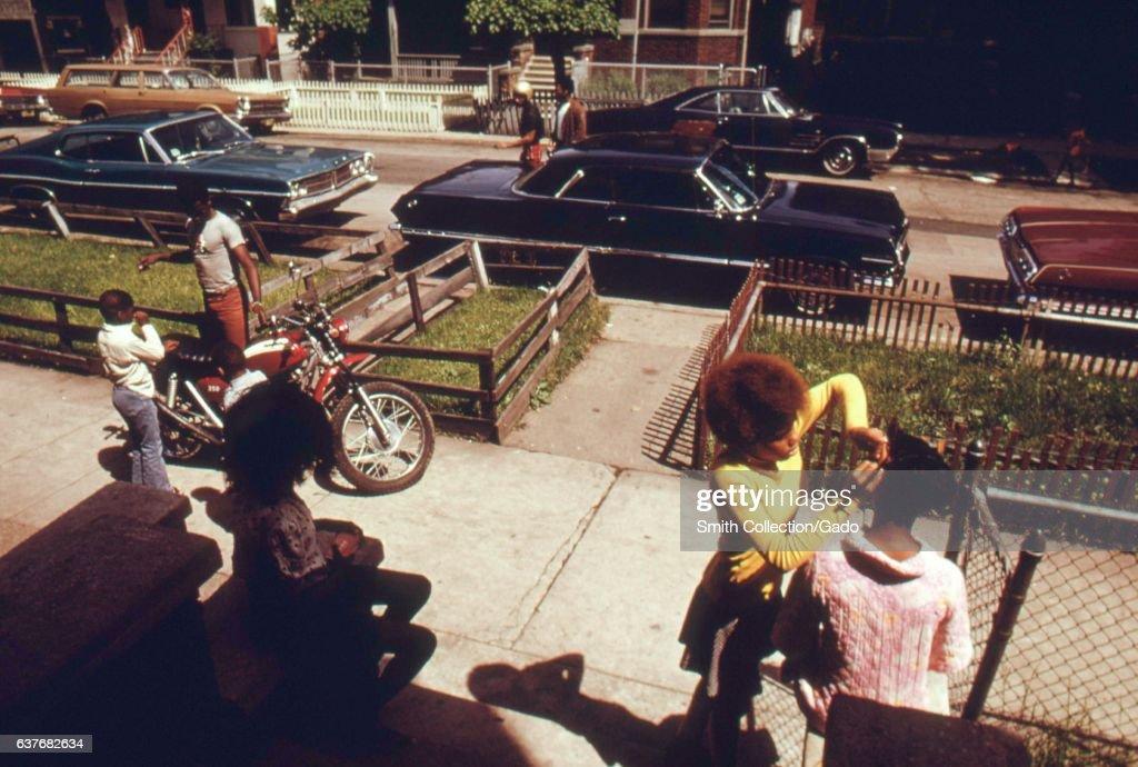 West Side Neighbors : News Photo