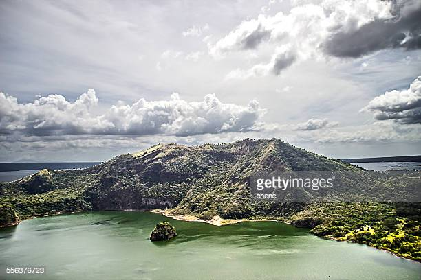 on the top of crater taal, philippines. - taal foto e immagini stock