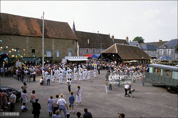 On the traces of film ' Jour de fete' 45 years after filming in France in June 1992 The 45th anniversary is marked by the release of balloons