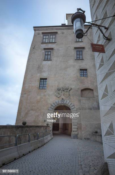 on the way to the upper castle, český krumlov, czech republic - vsojoy stock pictures, royalty-free photos & images
